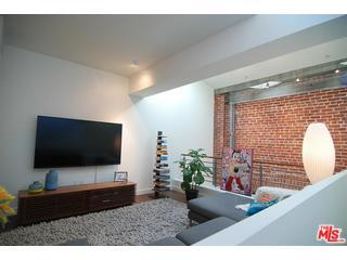 940 East 2nd Street Lofts