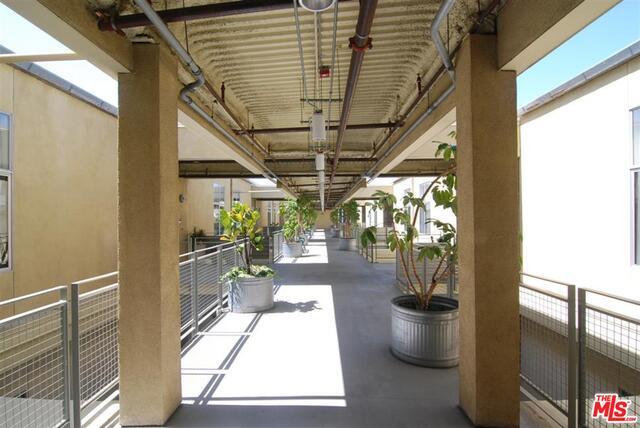 Flower Street Lofts