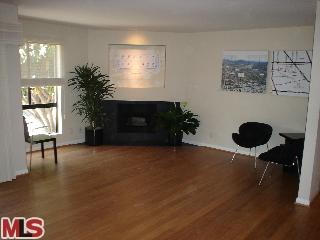 11640 Woodbridge St, #102 Studio City CA 91604