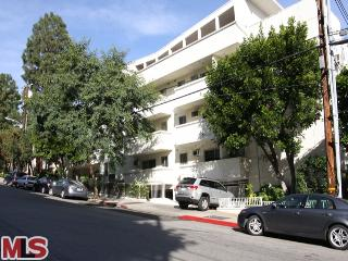 960 Larrabee St, #228 West Hollywood CA 90069