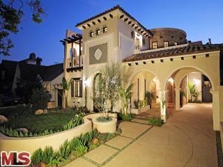 12 597023 205 S La Peer Drive, Beverly Hills