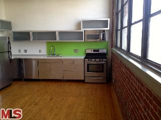 BISCUIT COMPANY LOFTS FOR SALE CALL 626-840-1990