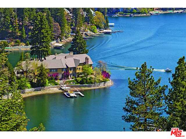 Photo of 177 Shorewood Drive, Lake Arrowhead, CA 92352
