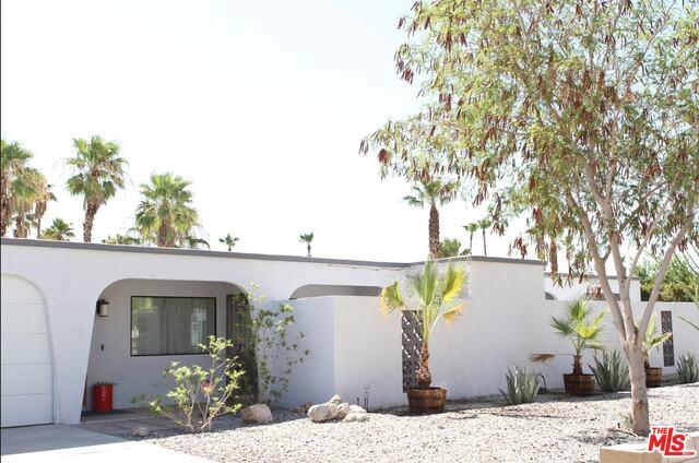 2410 N Aurora Dr, Palm Springs, CA 92262