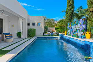 3002 Searchlight Ln, Palm Springs, CA 92264