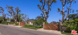 26799 Sea Vista DR,