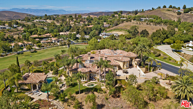 Photo of 1090 Vista Ridge Lane, Westlake Village, CA 91362