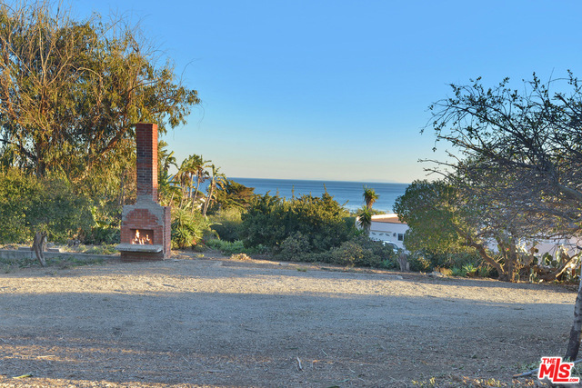 32050 PACIFIC COAST HWY, MALIBU, California 90265, ,Land,For Sale,PACIFIC COAST,19-437374