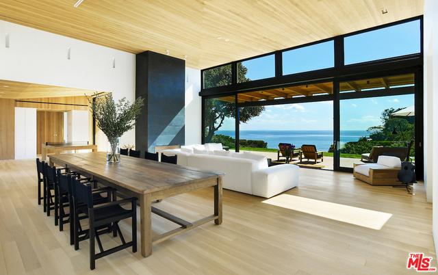 Zumirez, MALIBU, California 90265, 5 Bedrooms Bedrooms, ,6 BathroomsBathrooms,Residential,For Sale,Zumirez,19-438580