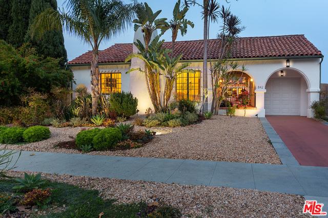 842 S Muirfield Rd, Los Angeles, California