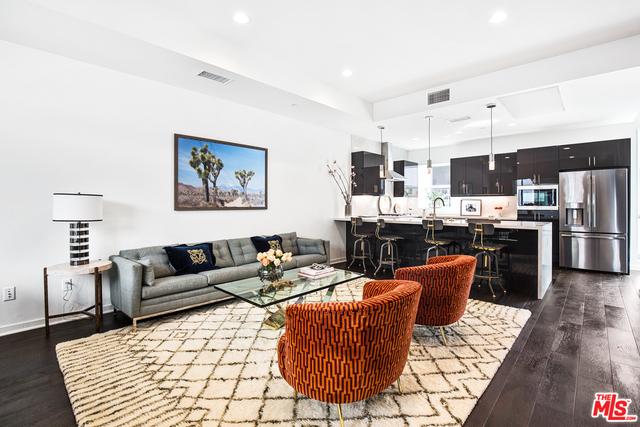 8408 W Blackburn Ave, Los Angeles, California