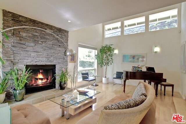 2960 Mandeville Canyon Rd, Los Angeles, California