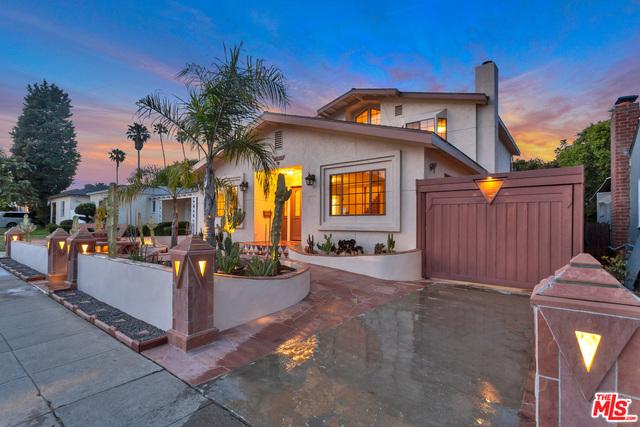 2620 S Bentley Ave, Los Angeles, California