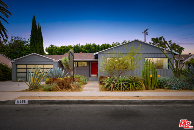 11932 Mccune Ave, Los Angeles, California