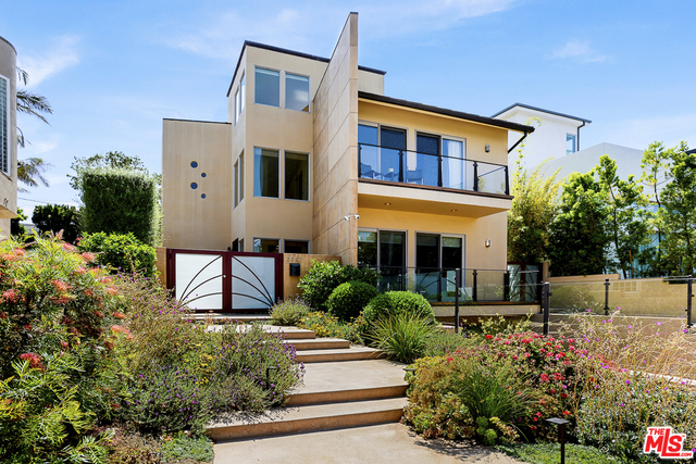 3285 Mountain View Ave, Los Angeles, California
