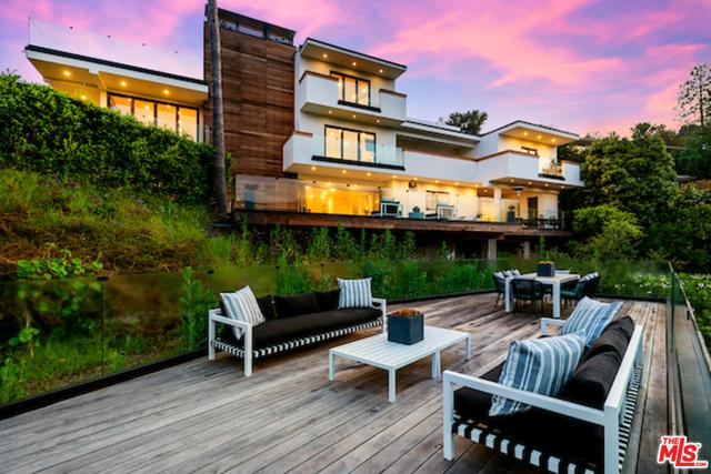2442 Banyan Dr, Los Angeles, California