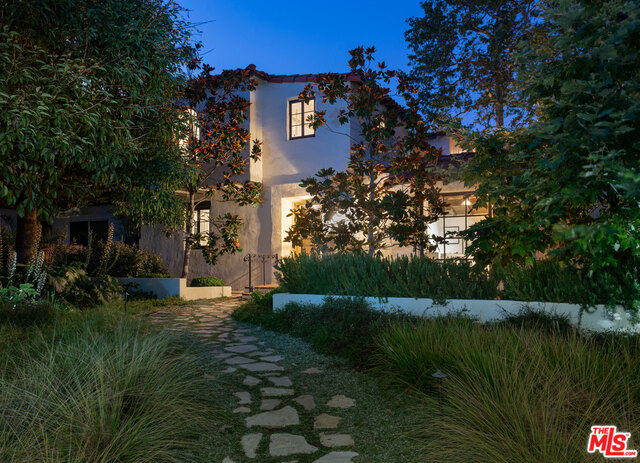 1607 Carlyle Ave, Santa Monica, California