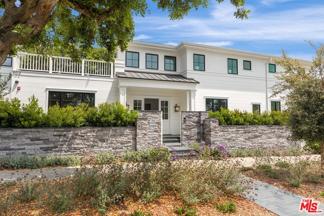 808 San Vicente Blvd, Santa Monica, California