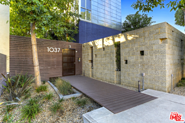 1037 N Laurel Ave, West Hollywood, California