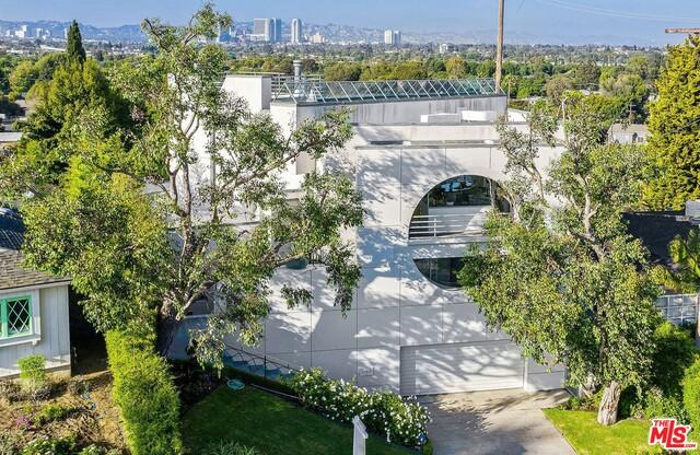 11911 Lawler St, Los Angeles, California