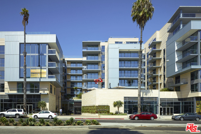 1755 Ocean Ave, Santa Monica, California