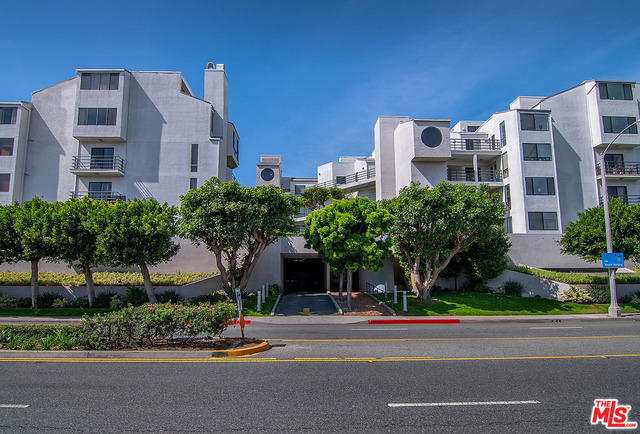 2940 Neilson Way, Los Angeles, California