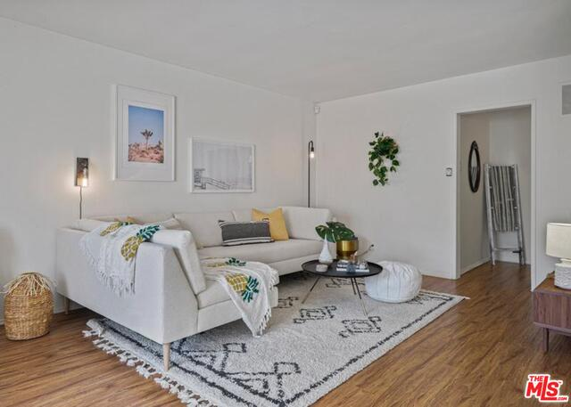 2621 Centinela Ave, Santa Monica, California
