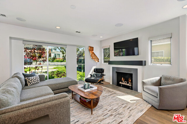 3615 Colonial Ave, Los Angeles, California