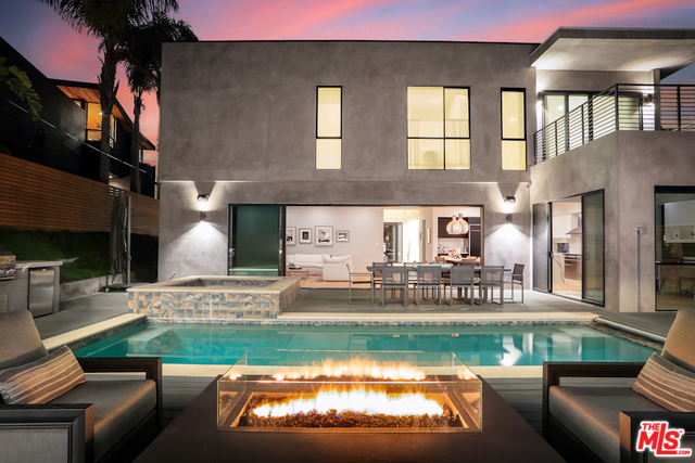 Photo of 3235 MAPLEWOOD AVE, LOS ANGELES, CA 90066