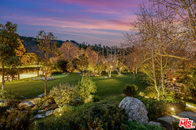2383 MANDEVILLE CANYON RD,