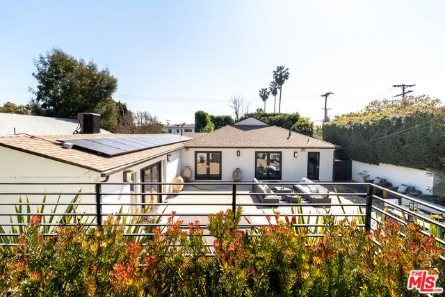 Photo of 11969 VICTORIA AVE, LOS ANGELES, CA 90066