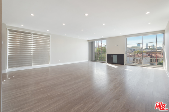 Photo of 450 S MAPLE DR #302, BEVERLY HILLS, CA 90212