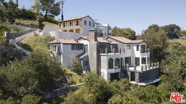 Photo of 1666 SUMMITRIDGE DR, BEVERLY HILLS, CA 90210