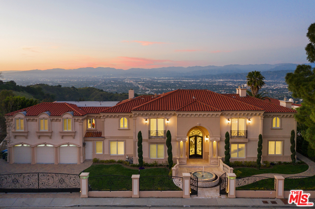 Photo of 12063 CREST CT, BEVERLY HILLS, CA 90210