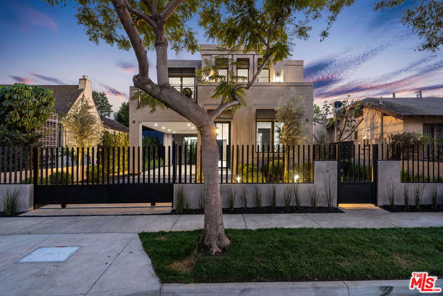 USA property for sale in West Hollywood CA, California