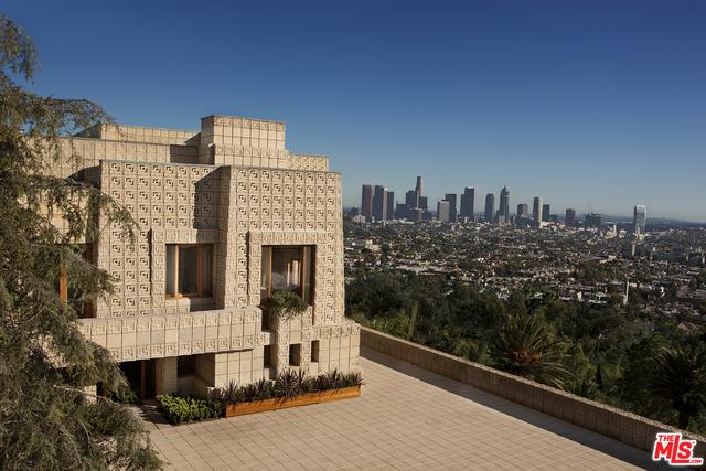 Photo of 2607 Glendower Avenue, Los Angeles, CA 90027