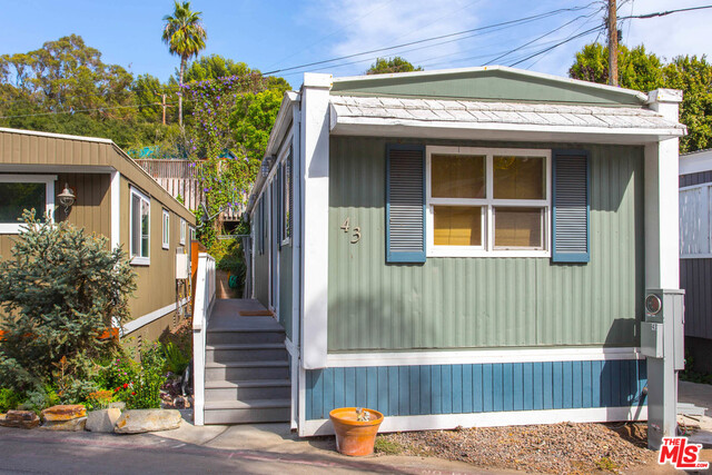 43 Paradise Cove RD, MALIBU, California 90265, 1 Bedroom Bedrooms, ,1 BathroomBathrooms,Manufactured In Park,For Sale,Paradise Cove,18-389028