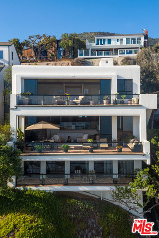 31516 VICTORIA POINT RD, MALIBU, California 90265, 4 Bedrooms Bedrooms, ,5 BathroomsBathrooms,Residential Lease,For Sale,VICTORIA POINT,18-415234