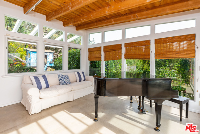 27727 PACIFIC COAST HWY, MALIBU, California 90265, 4 Bedrooms Bedrooms, ,4 BathroomsBathrooms,Residential Lease,For Sale,PACIFIC COAST,18-415914