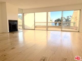 23924 DE VILLE WAY, MALIBU, California 90265, 1 Bedroom Bedrooms, ,2 BathroomsBathrooms,Residential,For Sale,DE VILLE,18-416498