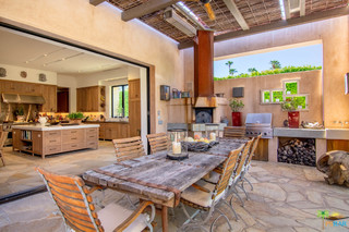 Photo of 650 N Cahuilla Road, Palm Springs, CA 92262