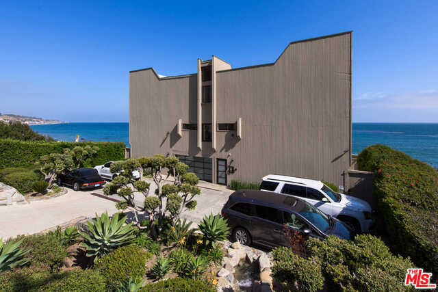26168 PACIFIC COAST HWY, MALIBU, California 90265, 3 Bedrooms Bedrooms, ,2 BathroomsBathrooms,Residential Lease,For Sale,PACIFIC COAST,19-424542
