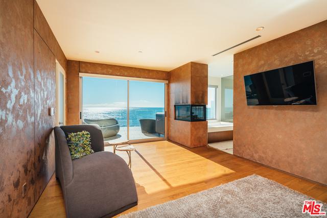 20732 PACIFIC COAST HWY, MALIBU, California 90265, 4 Bedrooms Bedrooms, ,5 BathroomsBathrooms,Residential Lease,For Sale,PACIFIC COAST,19-428618