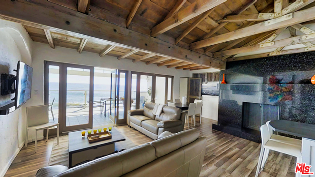 19912 PACIFIC COAST HWY, MALIBU, California 90265, 4 Bedrooms Bedrooms, ,3 BathroomsBathrooms,Residential Lease,For Sale,PACIFIC COAST,19-434164