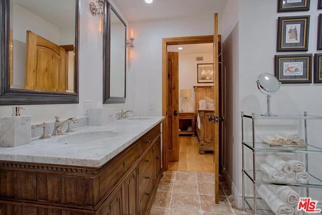 3410 SERRA RD, MALIBU, California 90265, 5 Bedrooms Bedrooms, ,5 BathroomsBathrooms,Residential,For Sale,SERRA,19-435778