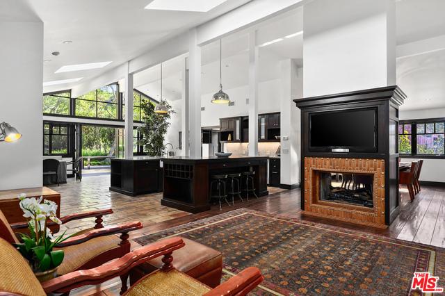 6172 BONSALL DRIVE, MALIBU, California 90265, 2 Bedrooms Bedrooms, ,3 BathroomsBathrooms,Residential,For Sale,BONSALL DRIVE,19-435808
