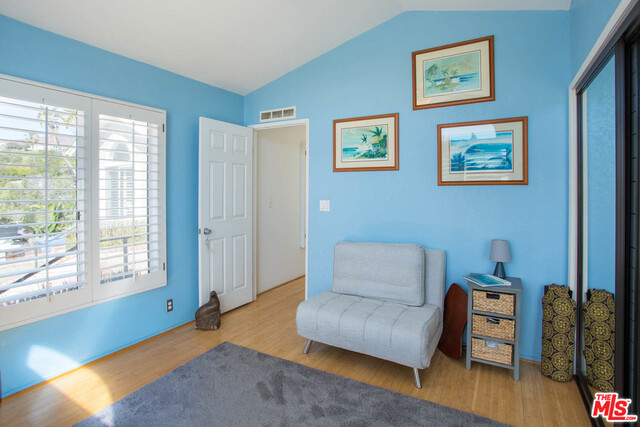 209 Paradise Cove RD, MALIBU, California 90265, 5 Bedrooms Bedrooms, ,3 BathroomsBathrooms,Manufactured In Park,For Sale,Paradise Cove,19-437718