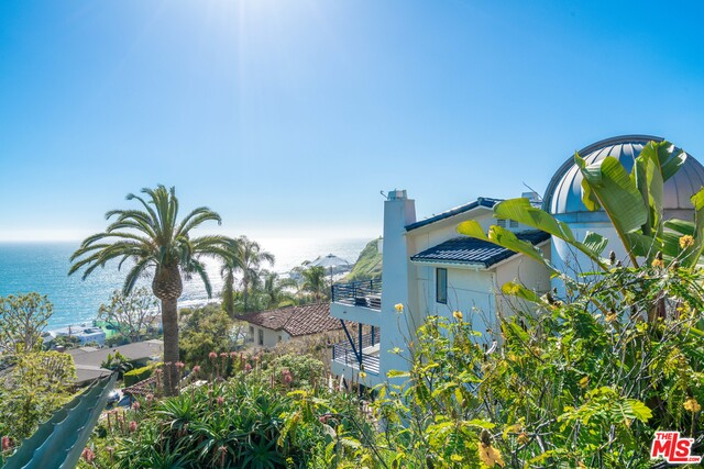 21566 RAMBLA VIS, MALIBU, California 90265, 3 Bedrooms Bedrooms, ,4 BathroomsBathrooms,Residential Lease,For Sale,RAMBLA,19-444034