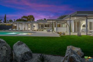 Photo of 1155 E Granvia Valmonte, Palm Springs, CA 92262