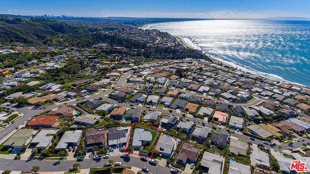 3534 SHOREHEIGHTS DR, MALIBU, California 90265, 4 Bedrooms Bedrooms, ,4 BathroomsBathrooms,Residential,For Sale,SHOREHEIGHTS,19-446002